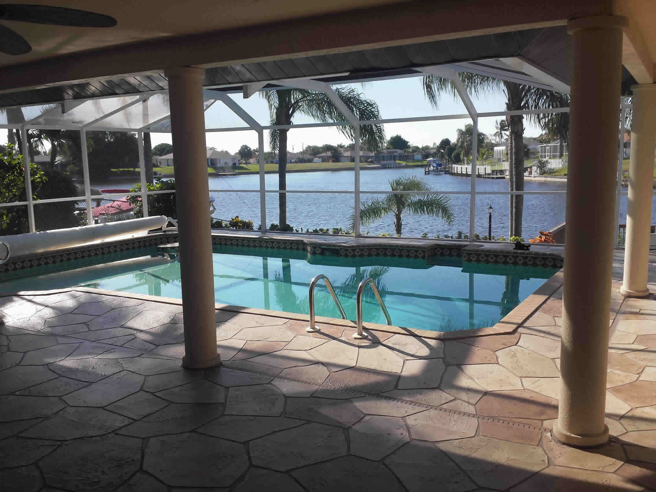 Outstanding Cape Coral Vacation Home Southwest Florida Pool Villa On Home Interior And Landscaping Spoatsignezvosmurscom